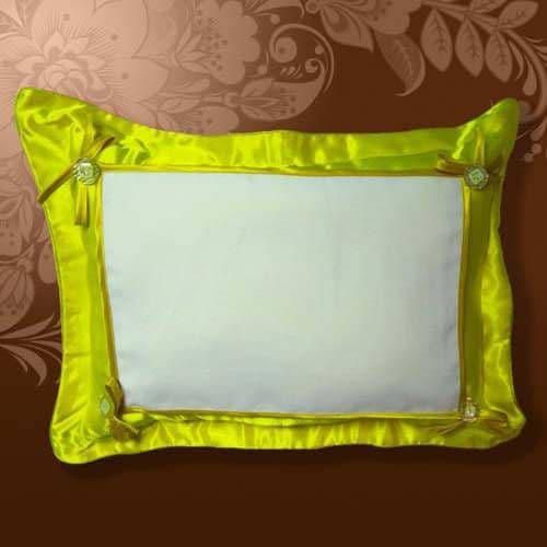 Подушка белла 45*35 желтая, на пуговицах