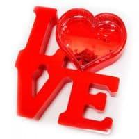 Рамка водяная LOVE с хлопьями в виде сердечек