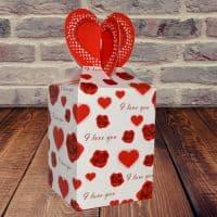 Коробка подарочная маленькие Сердечки
