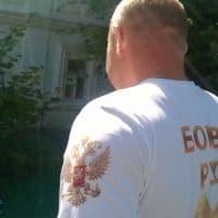 Довольные клиенты в футболках_1