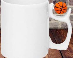 Кружка с фигурной ручкой (баскетбол, футбол)
